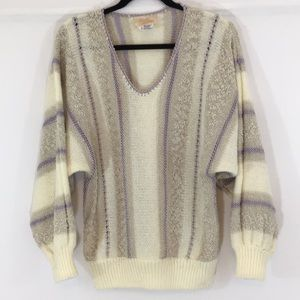 Very Pretty Vintage Sweater